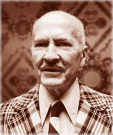 Robert A. Heinlein (1907-1988), American novelist and science fiction writer, one of the inventors of modern polyamory.